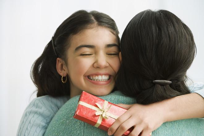 що подарувати дівчинці на день народження на 13 років