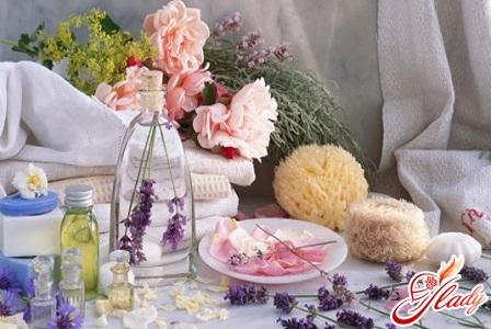 Fashionable fragrances 2012