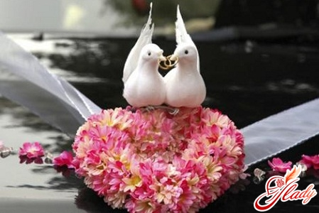 decorate your wedding car with your own hands