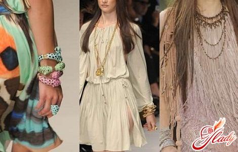 costume jewelery summer 2011