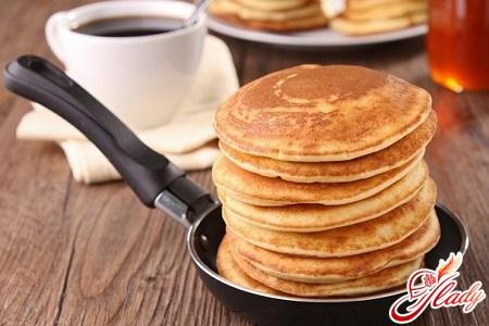 delicious pancakes with yogurt