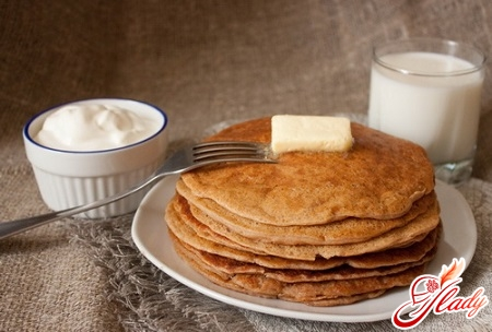 delicious pancakes on milk