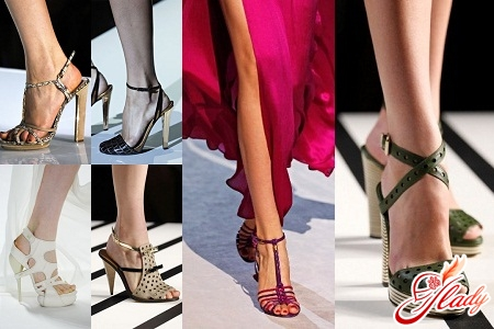 Fashionable sandals in 2012