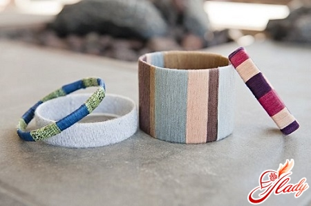 bracelets with vertical weaving