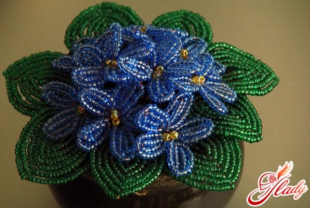 flowers from beads own hands