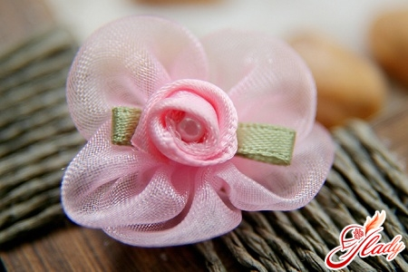 Organza flowers by own hands