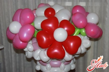 flowers from balloons own hands