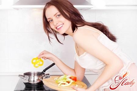 перед кожним прийомом їжі по дієті Малахової потрібно вжити 100 г овочів