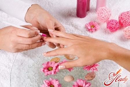 how to make a home manicure