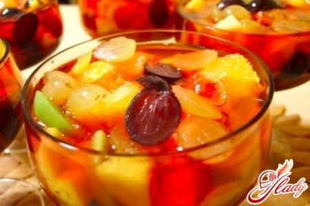 jelly with fruit