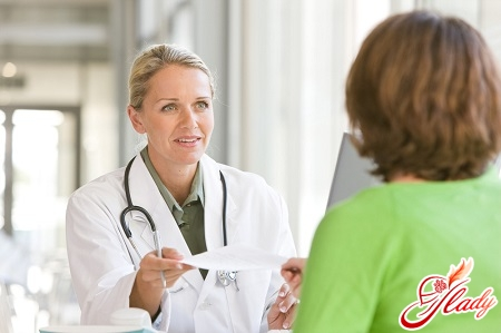 consultation with a doctor on the treatment of boils