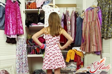 що має бути у дівчини в гардеробі