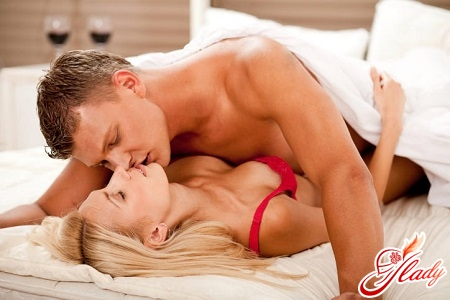 ways of infection with genital herpes