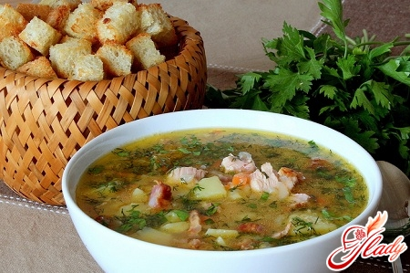 pea soup with smoked ribs