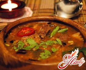 beef soup with beef