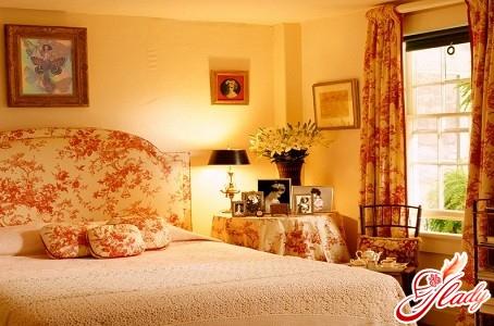 інтер'єр спальні для дівчини
