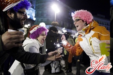 How to celebrate the new year in Spain, and different countries