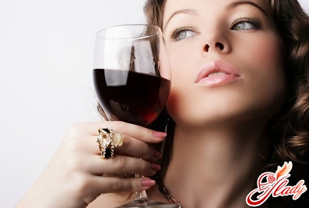 causes of alcohol dependence