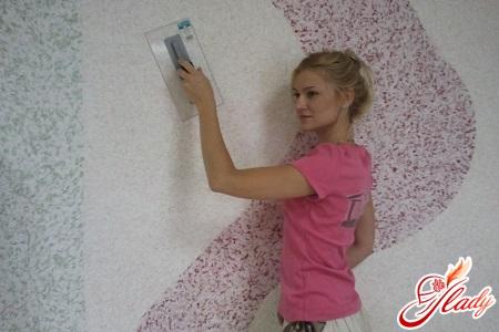 how to properly glue liquid wallpaper