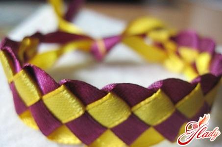 плетіння квадратним способом
