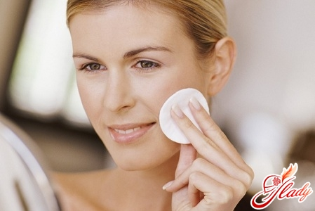 how to care for a skin of the face