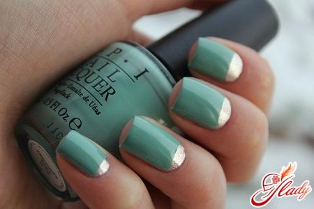 manicure with foil