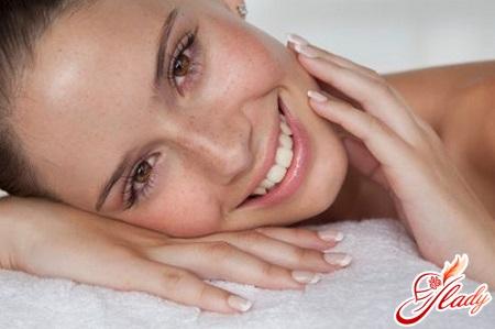 як прибрати шрами від прищів на обличчі