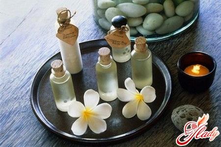 Essential oils for strengthening hair