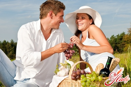 how to arrange a romantic evening for a guy