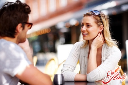 how to behave on the first date with a guy