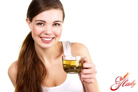 herbal infusion for the establishment of a cycle of monthly