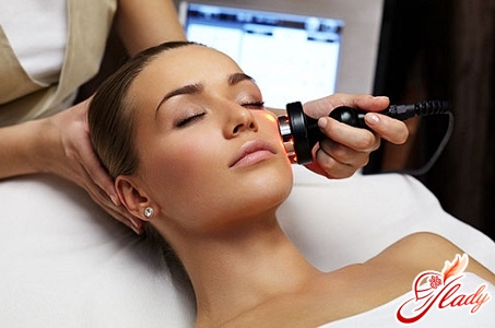 smoothing of the skin of the face