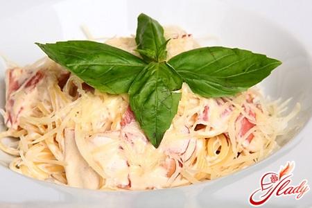 pasta carbonara recipe with cream
