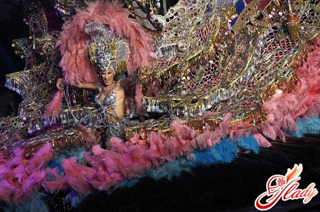 the most famous carnivals of the world