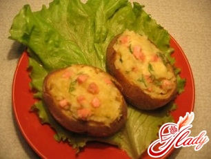 potatoes stuffed with minced meat