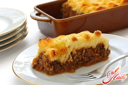 potato casserole with meat and cheese