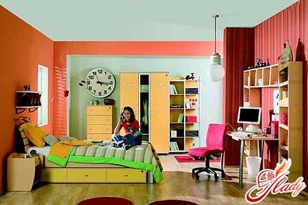 room for a teenage girl