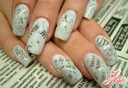 simple and beautiful manicure