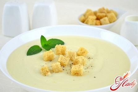 низькокалорійний суп