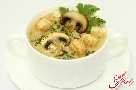 рецепт крем супу з шампіньйонів