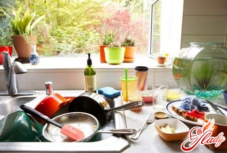 mess in the kitchen is forbidden by feng shui