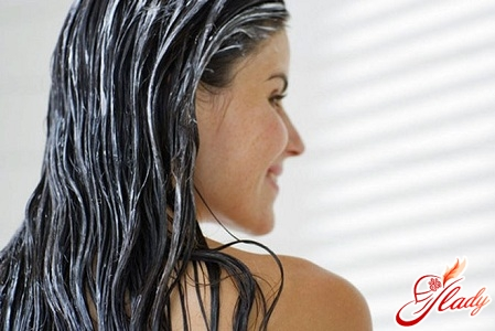 how to treat dandruff at home