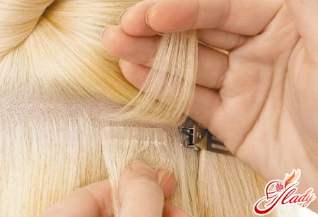 fastening of ribbon hair