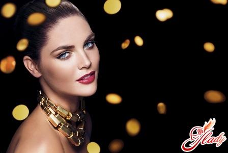 make-up for blue eyes evening