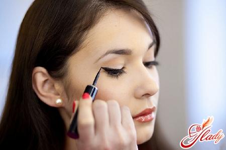 make-up enhancing eyes