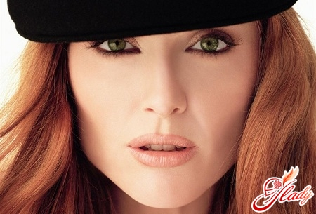 the right make-up for green eyes