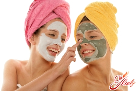 mask for the face in the bath