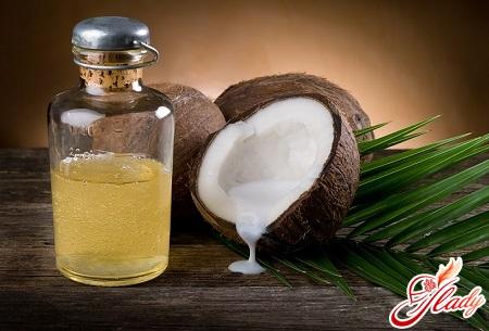 eyelash oil