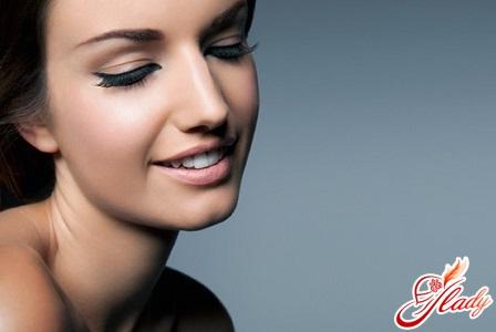 almond oil for eyelashes