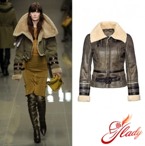Photos from the Burberry Prorsum show; Sheepskin coat New Yorker, 2499 rub.